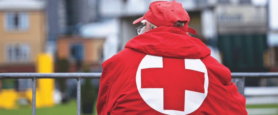 medewerker van het Rode Kruis